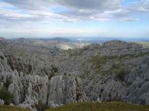 Lapiaz del Alto del Tejuelo en el LIC Montaña Oriental