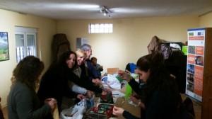 Momento de las actividades del taller en Robleda