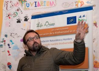 El ponente Gerardo Báguena, vicepresidente de la Fundación para la Conservación del Quebrantahuesos