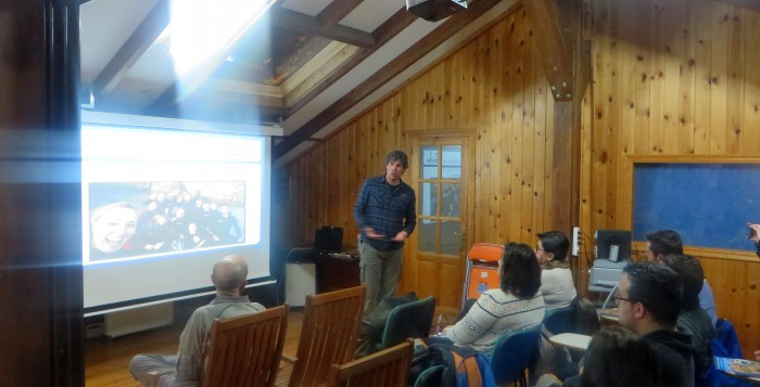 El ponente director de la Escuela de buceo Mourosub, Leo del Rincón