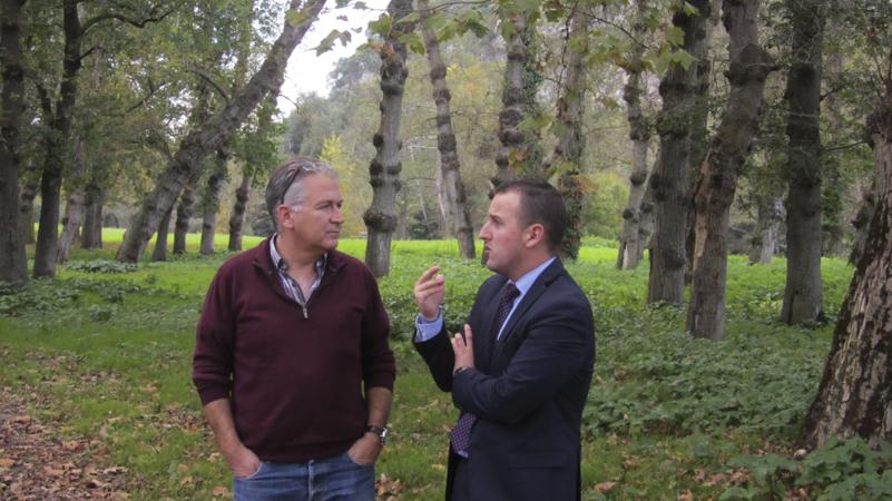 Héctor Porras de la Junta Vecinal de Ceceñas y Carlos Sánchez de FNYH