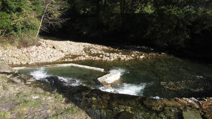 Paso para peces en la presa de Rubalcaba