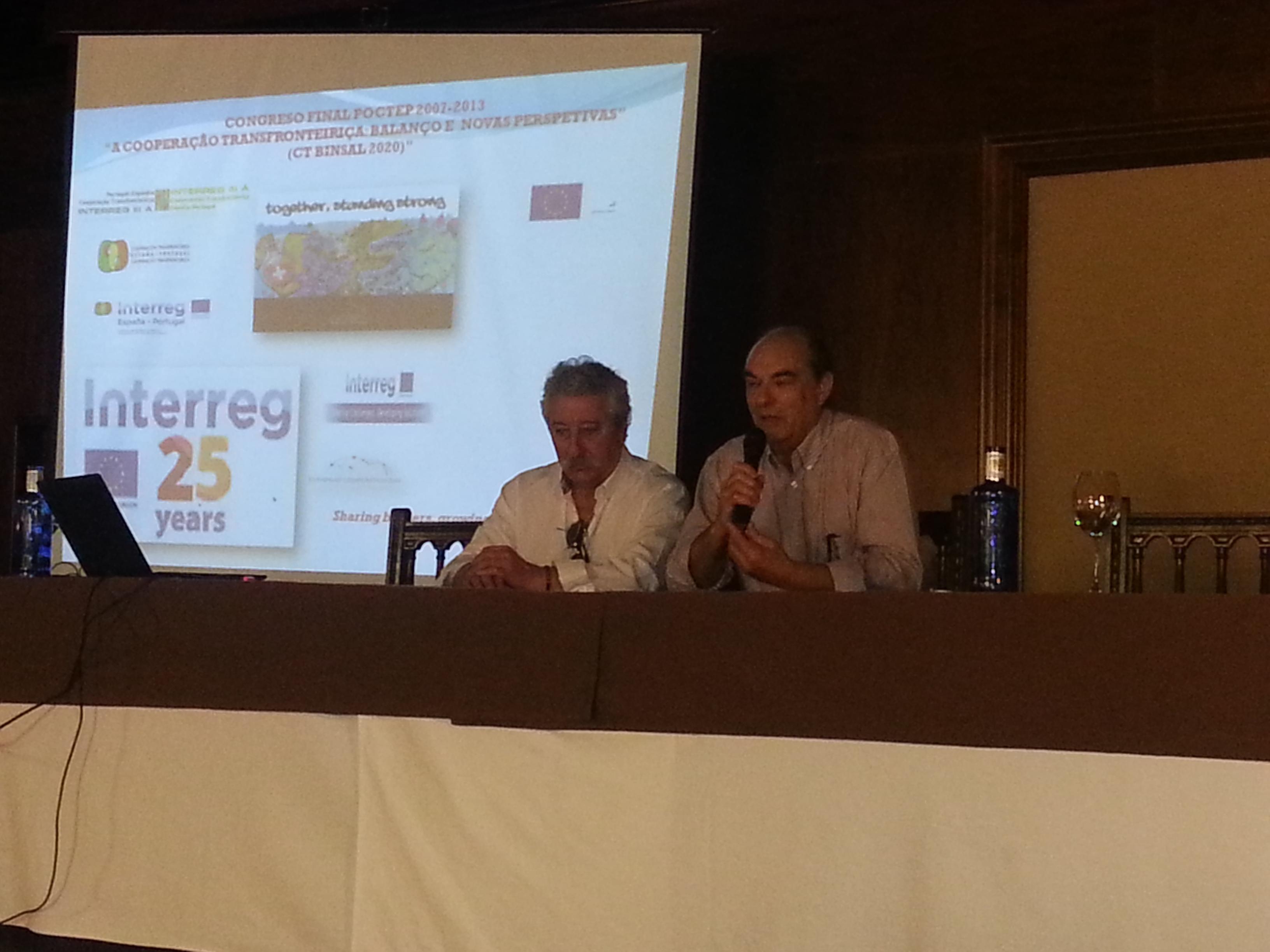 De izquierda a derecha José Manuel Biscaia Presidente de la Asociación de municipios de Cova da Beira y Manuel Rufino, Diputado de Medio Ambiente de Salamanca