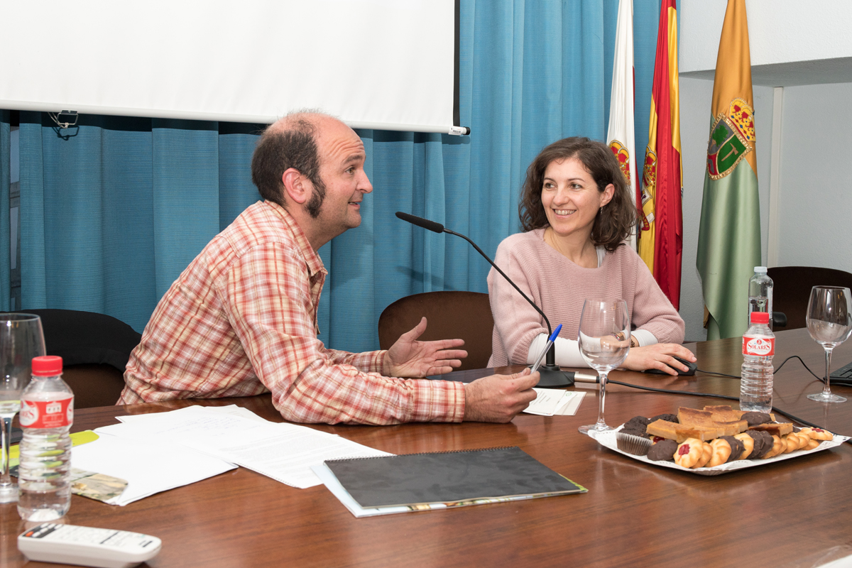 El coordinador del proyecto LIFE Anillo Verde con Paula Gil, Museo de Ciencias Naturales