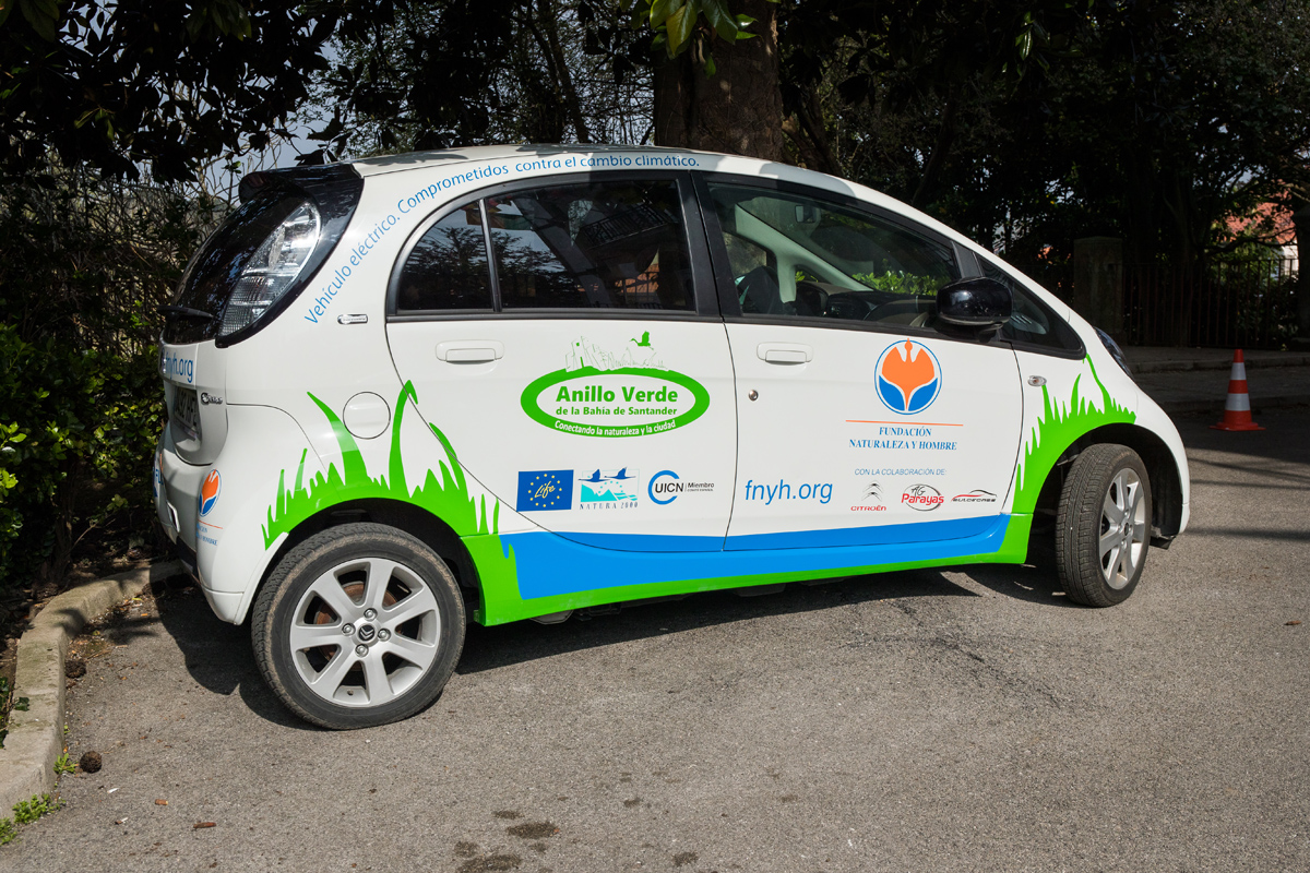 Vehículo eléctrico en proyecto LIFE Anillo Verde de la Bahía de Santander: conectando la naturaleza y la ciudad.