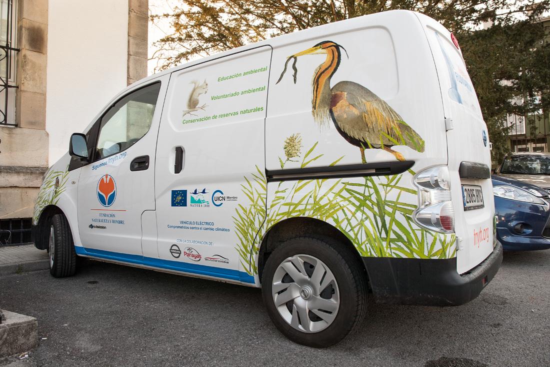 Haciendo biodiversidad con vehículo eléctrico en proyecto LIFE Anillo Verde de la Bahía de Santander: conectando la naturaleza y la ciudad.