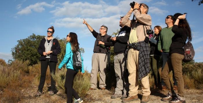 Técnicos de Fundación Biodiversidad en el paseo de campo por la reserva biológica