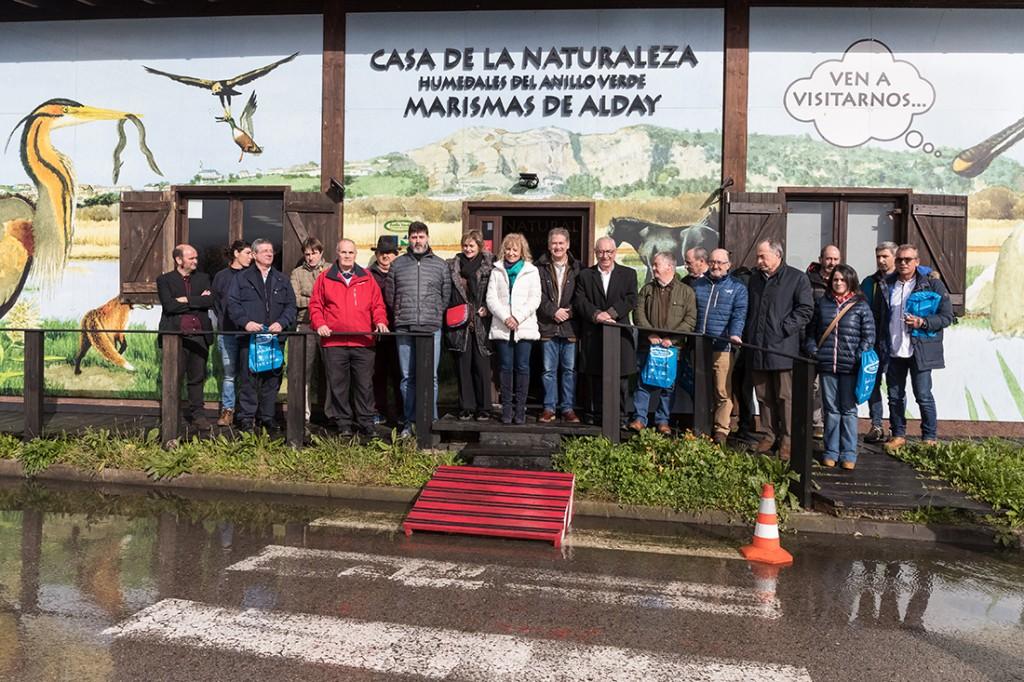 Doña Eva Díaz Tezanos, vicepresidenta del gobierno de Cantabria, Carlos Sánchez presidente de FNYH y los asistentes a la apertura