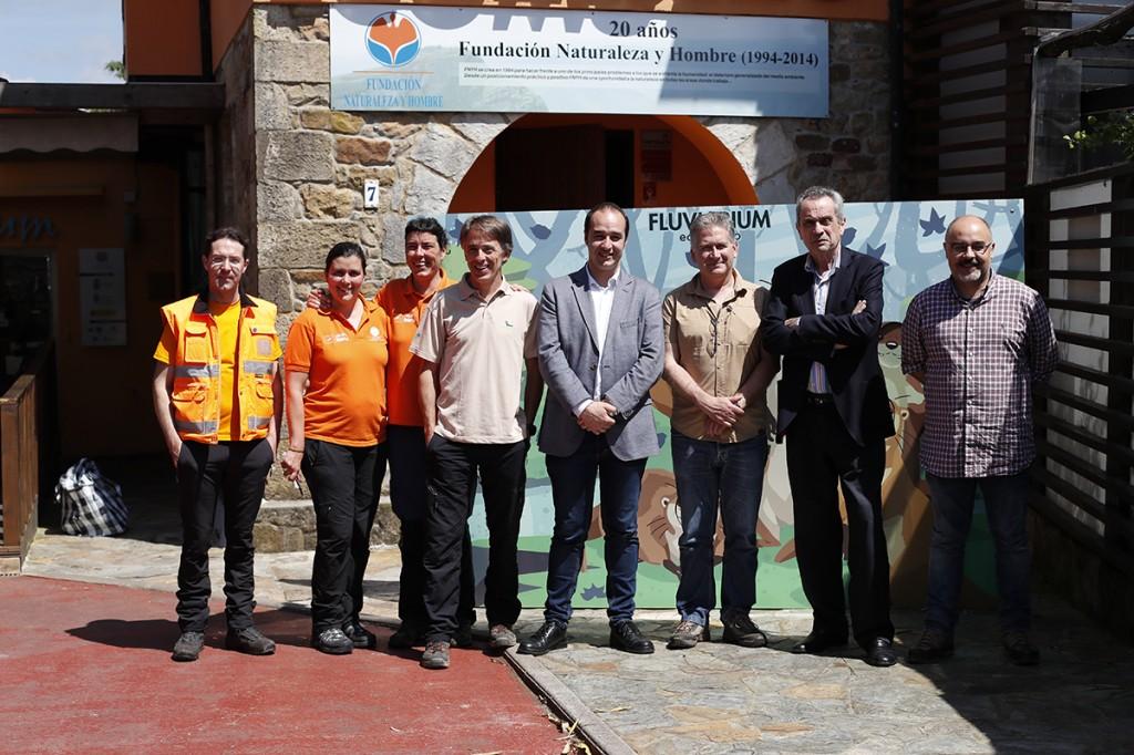 Autoridades y equipo durante visita supervisión LIFE Miera 2018